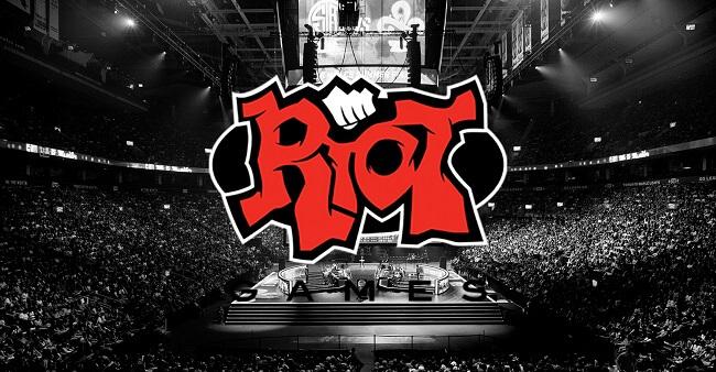 Riot Games cấm Phox và W3ak vì gian lận tại VALORANT